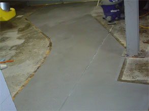 Two coats of Belzona 4151 (Magma-Quartz Resin) with a colored aggregate applied